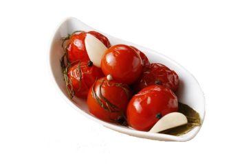 pomidory-solenye-krasnye-200-gr.-25-rub-